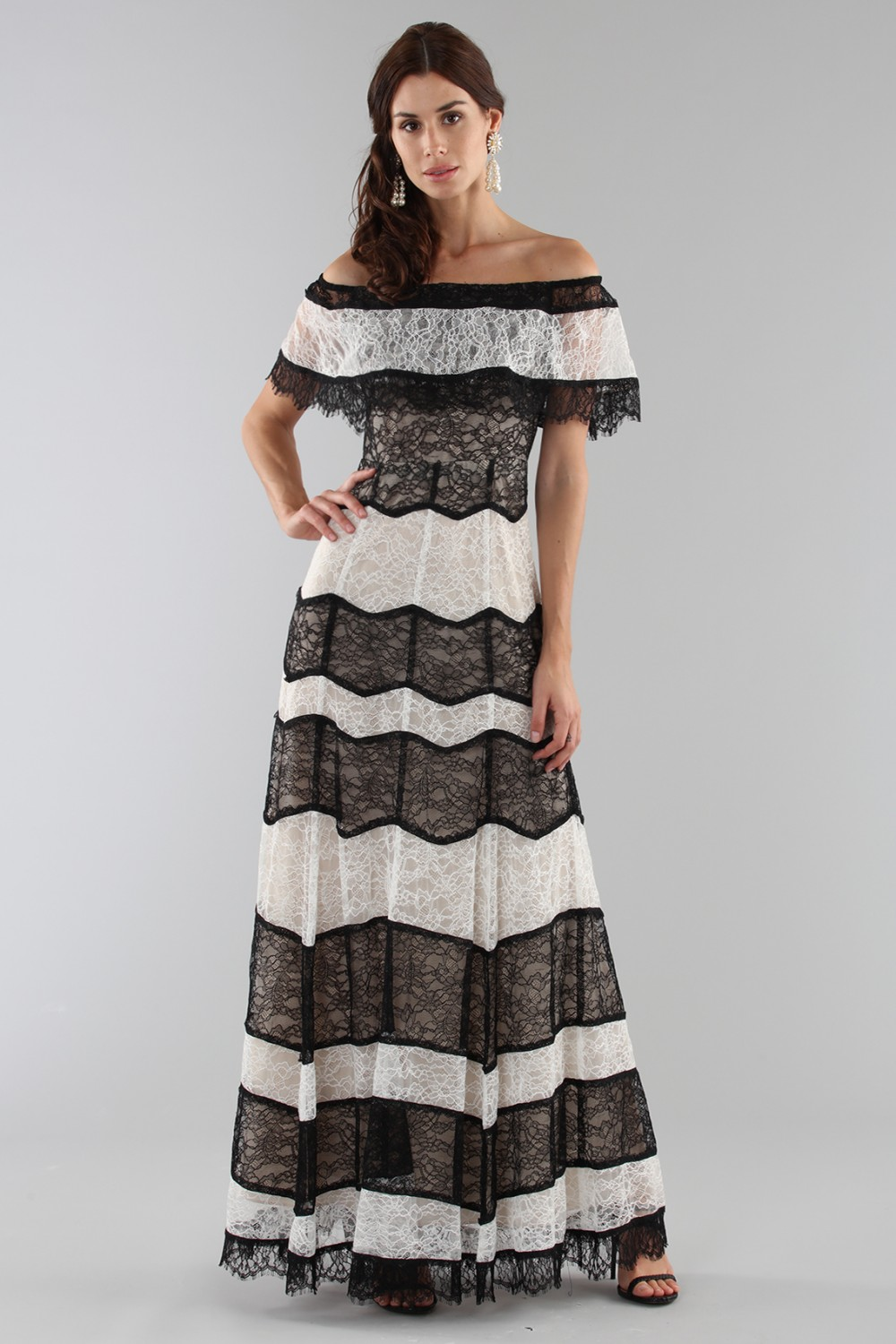Abito a righe in pizzo off shoulder