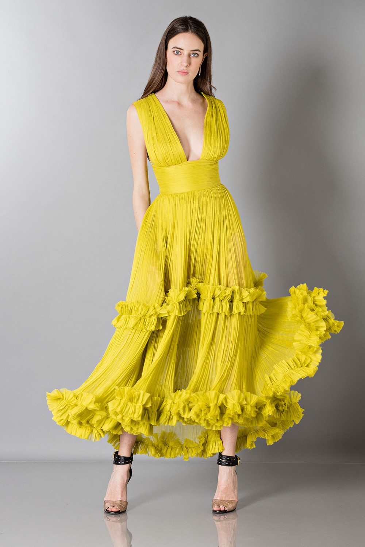 Abito giallo in seta con scollo quadrato