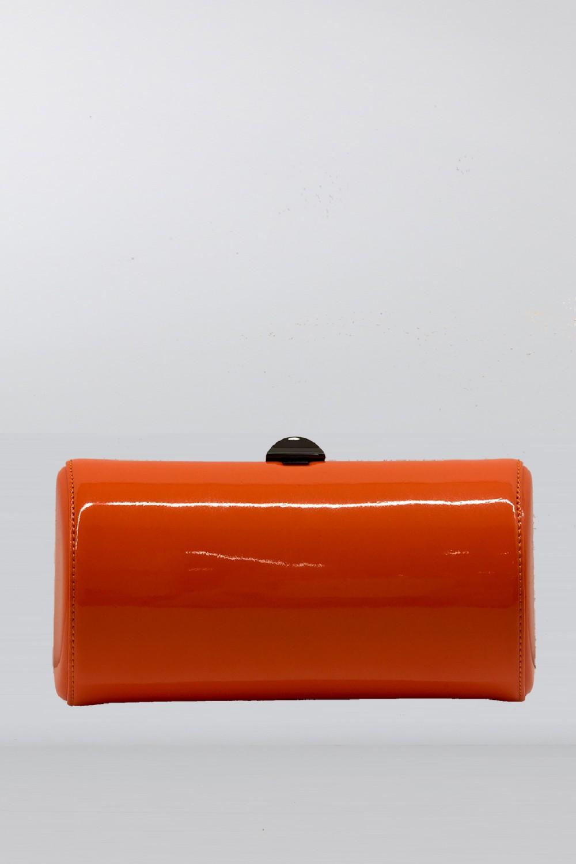 Clutch arancione in vernice