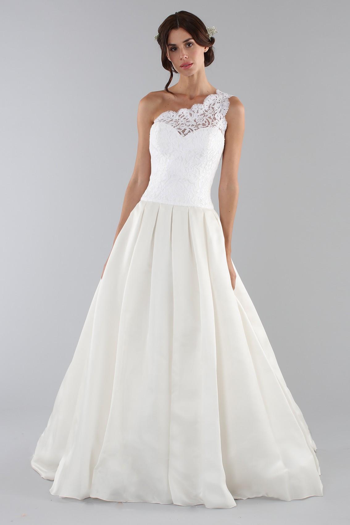 Noleggia un abito Ilenia Sweet by Bellantuono - Abito da sposa con ... 8d2218357f9